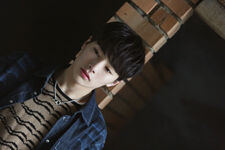 Jeongin Mixtape Jacket Shooting Behind (5)