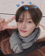 Lee Know IG Update 20191219 (2)