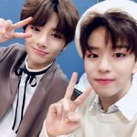 I.N and Seungmin IG Update 181202 (2)