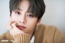 Lee Know Naver x Dispatch December 2019 (1)