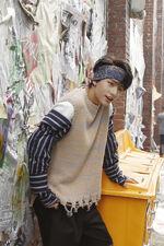 Hyunjin I am WHO Jacket Shooting Behind (1)