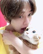 Lee Know IG Update 20200125 (5)