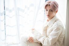 Felix Naver x Dispatch December 2019 (2)