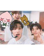 I.N, Hyunjin and Seungmin IG Update 180628 (2)