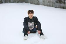 Seungmin Mixtape Jacket Shooting Behind (5)