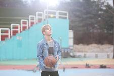 Woojin Grow Up Video Shooting Behind (1)