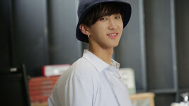 Changbin Awkward Silence Music Video Shooting Behind (1)