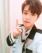 Seungmin IG Update 180501 (4)