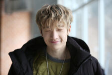 Bang Chan Mixtape Jacket Shooting Behind (1)