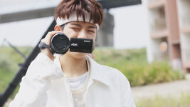 Seungmin Voices Performance Video Shooting Behind (2)