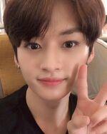 Lee Know IG Update 20190131 (2)