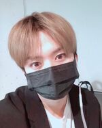 Lee Know IG Update 20190504 (2)