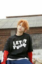 Felix I am WHO Jacket Shooting Behind (1)