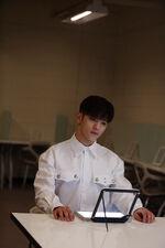 Woojin Distric 9 Music Video Shooting Behind (3)