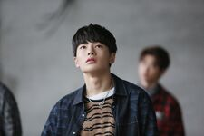 Jeongin Mixtape Jacket Shooting Behind (3)