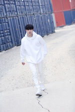 Bang Chan Distric 9 Music Video Shooting Behind (2)