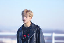 Woojin Young Wings Performance Video Shooting Behind (1)