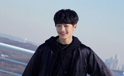 Jeongin Young Wings Performance Video Shooting Behind (1)