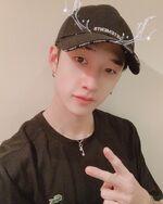 Bang Chan IG Update 20191225 (1)