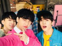 Hyunjin, Changbin, I.N and Lee Know IG Update 180330 (2)