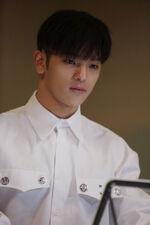 Woojin Distric 9 Music Video Shooting Behind (2)