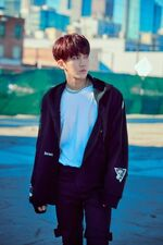 Changbin Double Knot Jacket Shooting Behind