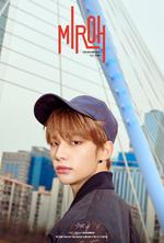 Hyunjin Clé 1 Miroh Promo Picture (3)