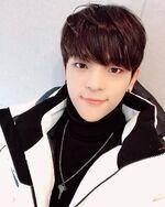 Woojin IG Update 181106 (4)