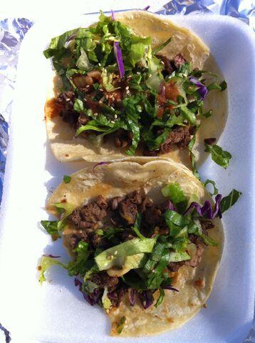 File:MaFooCo Korean tacos 2011-12-10.jpg
