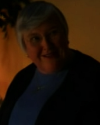 File:Sue Thomas as Deanne Bray.png