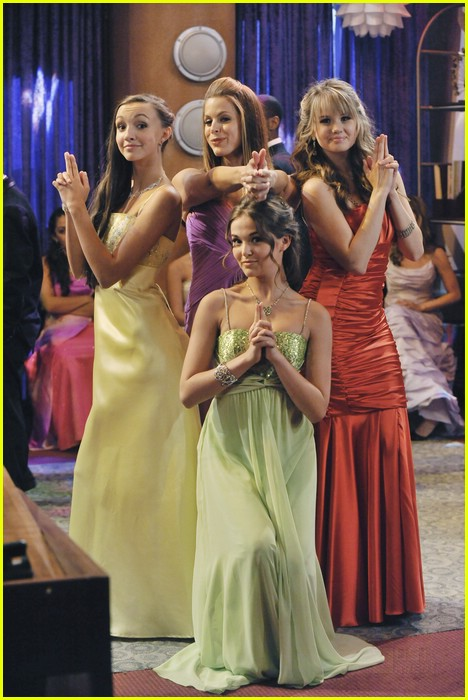 Image - Dylan-cole-sprouse-prom-night-17.jpg | The Suite Life Wiki ...