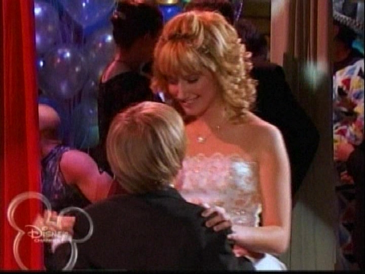 A Prom Story | The Suite Life Wiki | FANDOM powered by Wikia