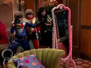 The Suite Life of Zack and Cody - S03E04 - Super Twins.avi 001177740