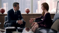 Harvey & Donna (3x05).png