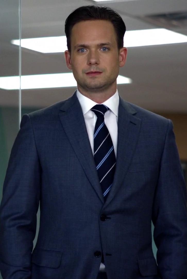 Mike van suits dating
