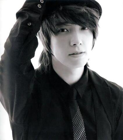 File:Lee Donghae 6.jpg