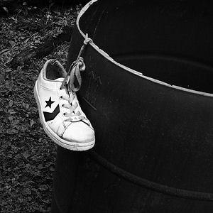 File:Shoe.jpg