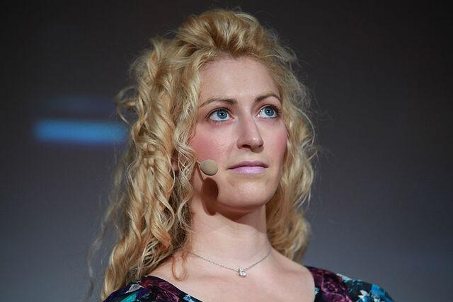 File:800px-Jane McGonigal Meet the Media Guru 1.jpg