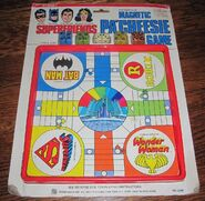 Superfriends Magnetic Pa'Cheesie Game