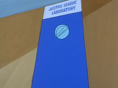 Justice League Lab Door (01x05 - The Shamon 'U')