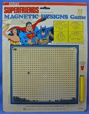 Superfriends Magnetic Designs Game