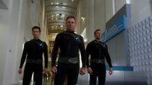 Нон, Гор, и Мур врываются в Lord Technologies