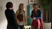 Кара и Алекс встречают Элайзу
