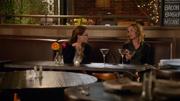 Кэт беседует с Карой