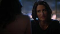 Алекс говорит Мэгги, что возможно она была права