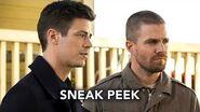DCTV Elseworlds Crossover Sneak Peek 3 - Superman and Lois Lane Meet Barry & Oliver (HD)