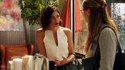 Люси разговаривает с Карой о Джеймсе