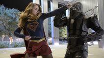 SupergirlvsMasterJailer