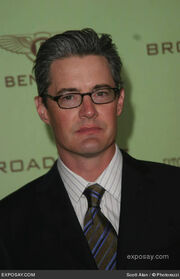 Kyle-maclachlan-12th-annual-elton-john-aids-foundation-oscar-party-co-hosted-by-in-style-arrivals-dvvR0c