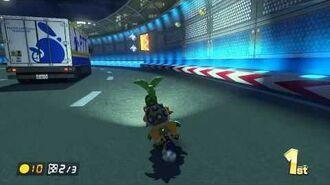 Mario Kart 8 - Toad's Turnpike